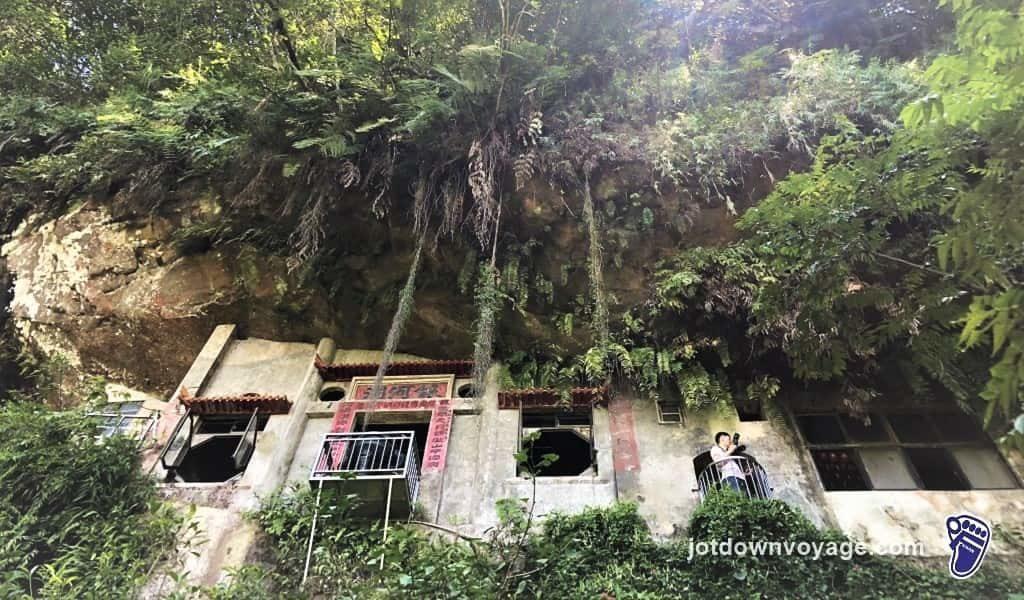 遊記-新店銀河洞瀑布|新北市一日遊行程.景點地圖.推薦(New Taipei City)|帶外國朋友玩