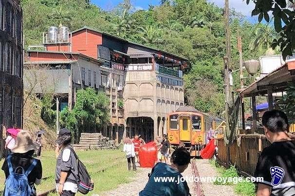 台鐵TRA「菁桐車站」平溪線終點站、全台最長降煤櫃遺址