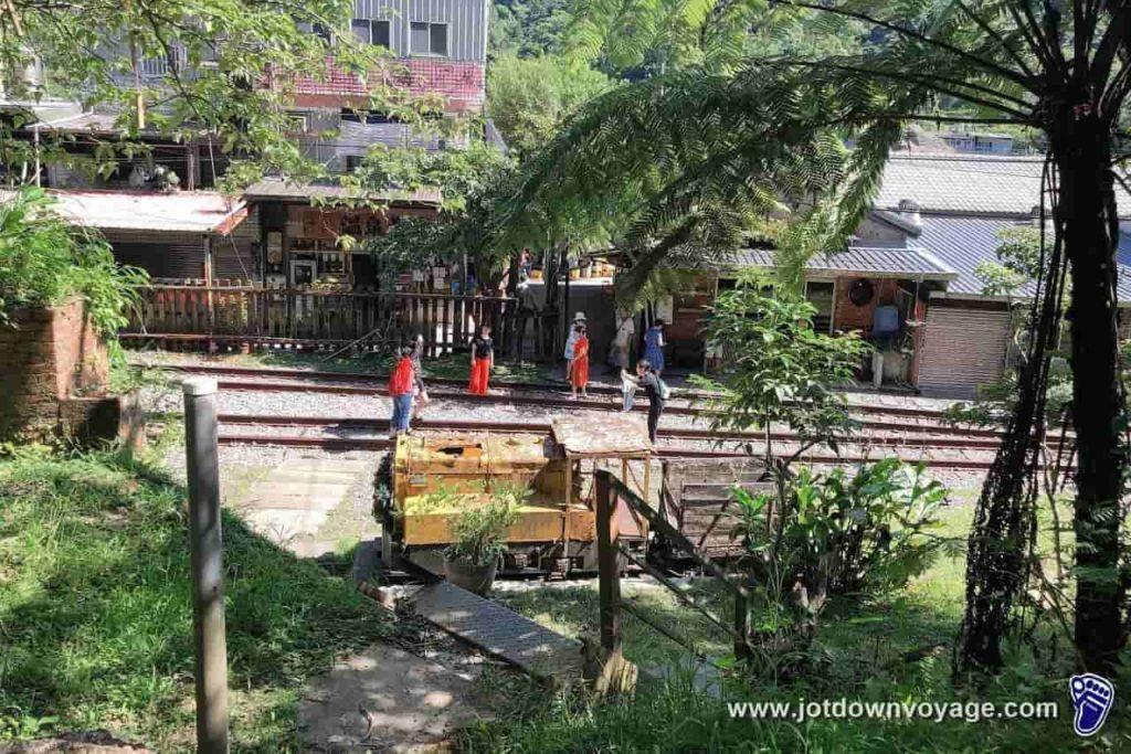 「菁桐車站」放天燈:台鐵TRA平溪線終點站、觀景台咖啡入口