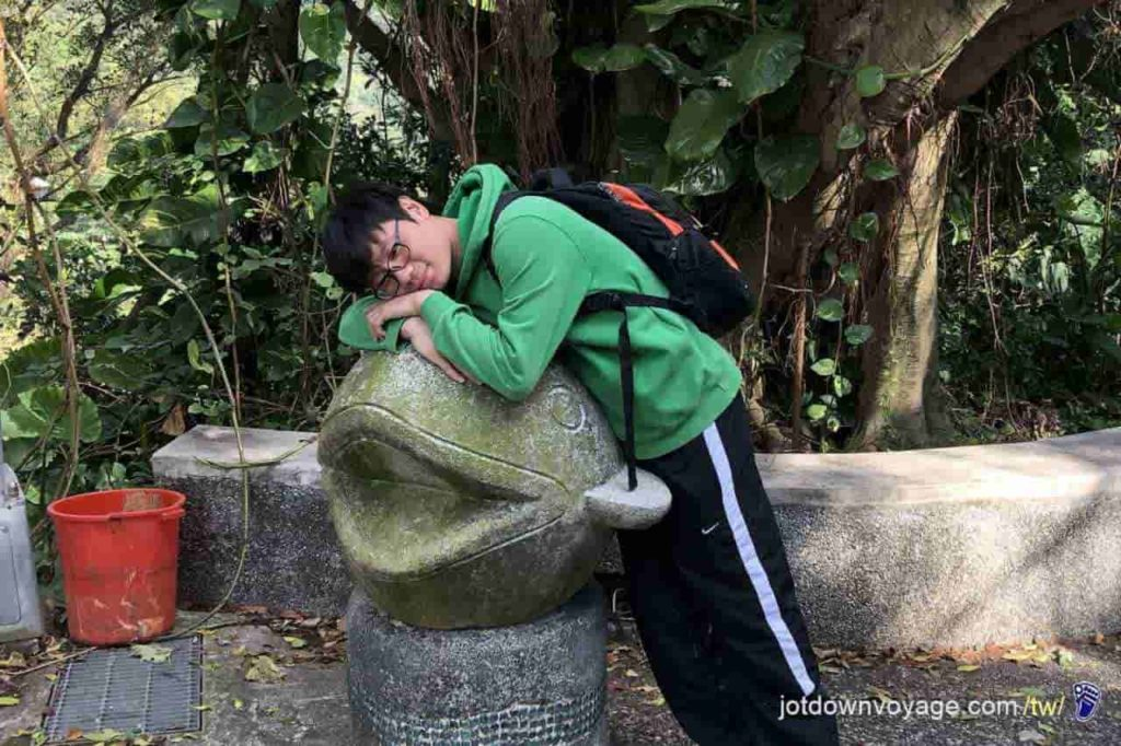 台北市內湖登山步道:鯉魚山小人國步道 Hiking in Taipei