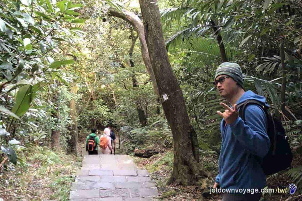 台北市內湖登山步道:鯉魚山步道 Hiking in Taipei