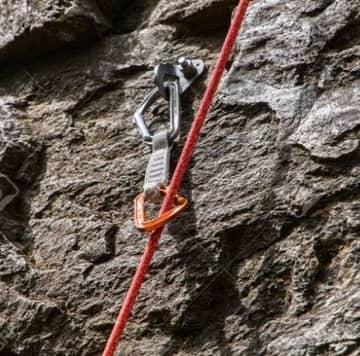 攀岩基本裝備認識  主繩 (Dynamic rope)