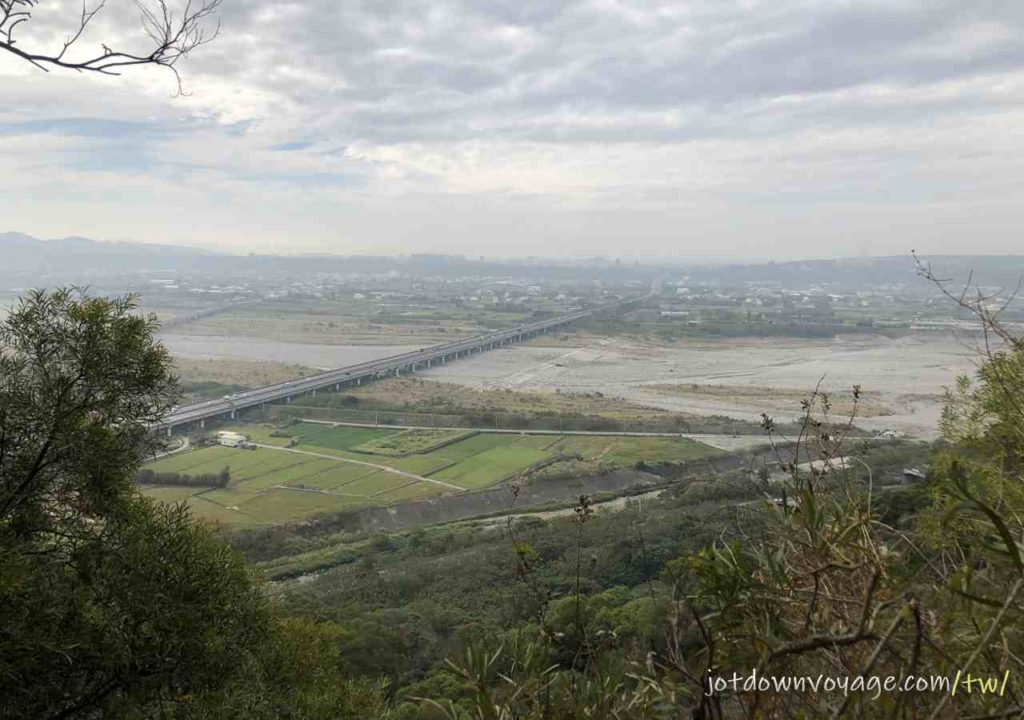 火炎山登山步道展望 Huoyanshan Hiking Guide