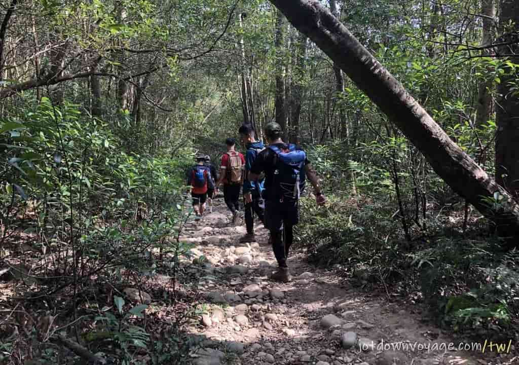 火炎山登山步道 南鞍古道O型下山 Huoyanshan Hiking Guide
