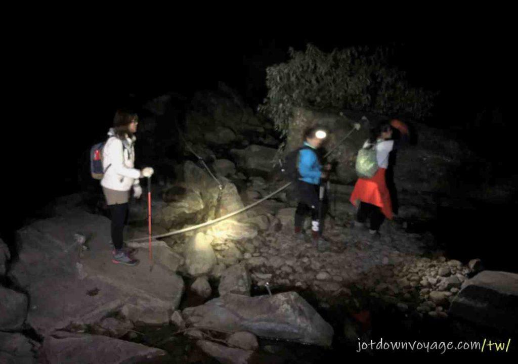 摸黑|百岳#34 加里山森林|登山步道紀錄|遊記|推薦.台灣秋冬一日遊登山路線