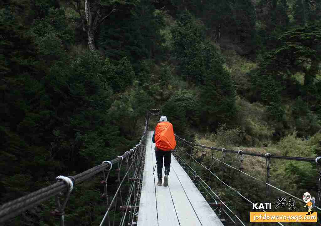能高越嶺西段 能高三疊瀑布吊橋