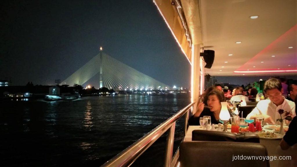 曼谷自由行-昭披耶河遊船自助晚餐推薦:昭披耶河公主號 Chao Phraya Princess Cruise Dinner Buffet