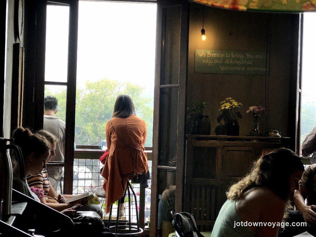 越南老城區36古街美食推薦-Cong Caphe 咖啡館.還劍湖.河內自由行食記
