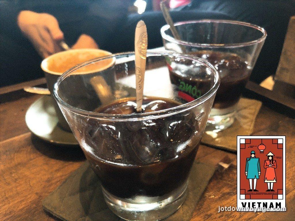 越南咖啡 @老城區36古街美食推薦-Cong Caphe 咖啡館.還劍湖.河內自由行食記