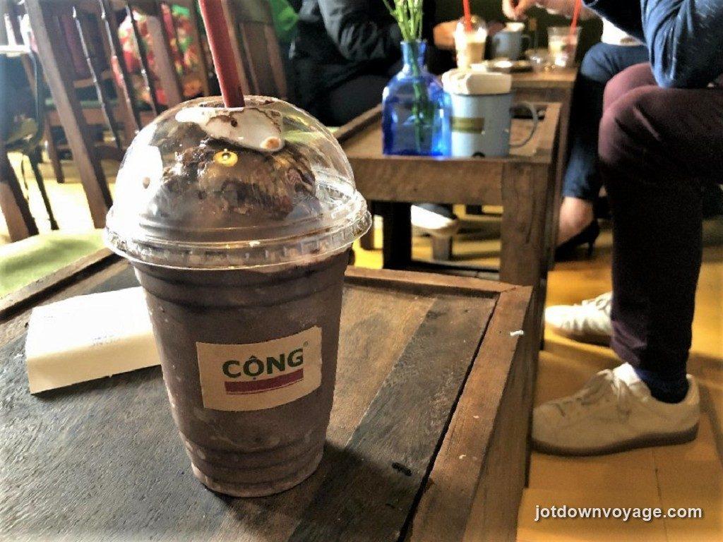 越南咖啡.可可椰奶冰沙 @老城區36古街美食推薦-Cong Caphe 咖啡館.還劍湖.河內自由行食記