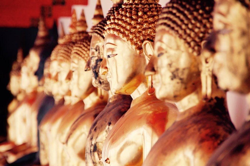 去泰國一定要知道的14個旅遊注意事項-進泰國寺廟的相關禮儀