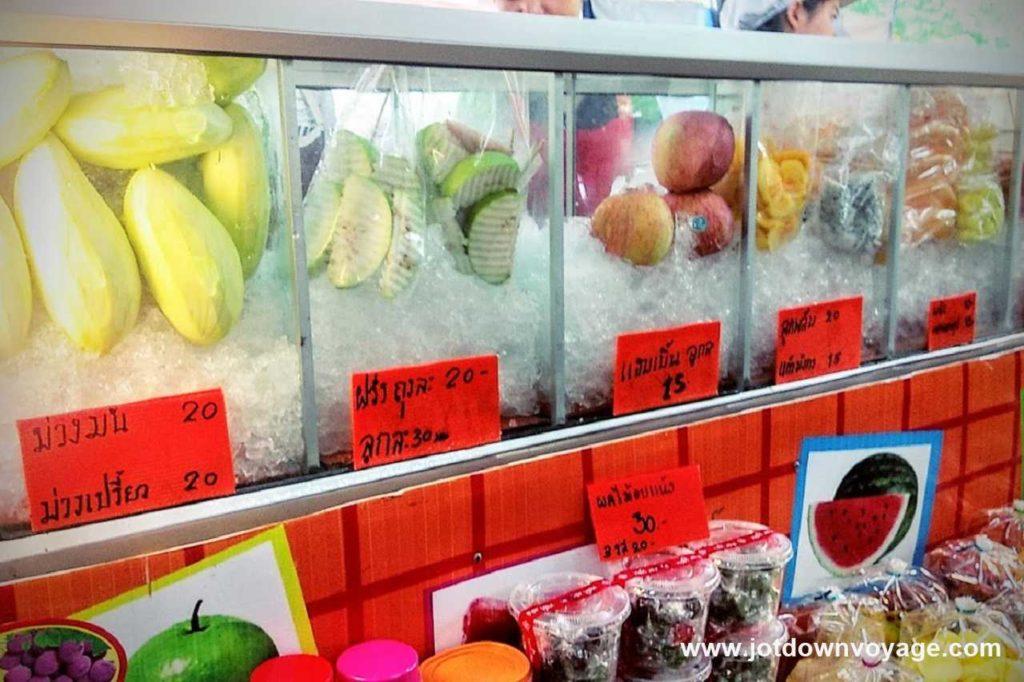 現切水果|泰國自由行街邊小吃美食推薦