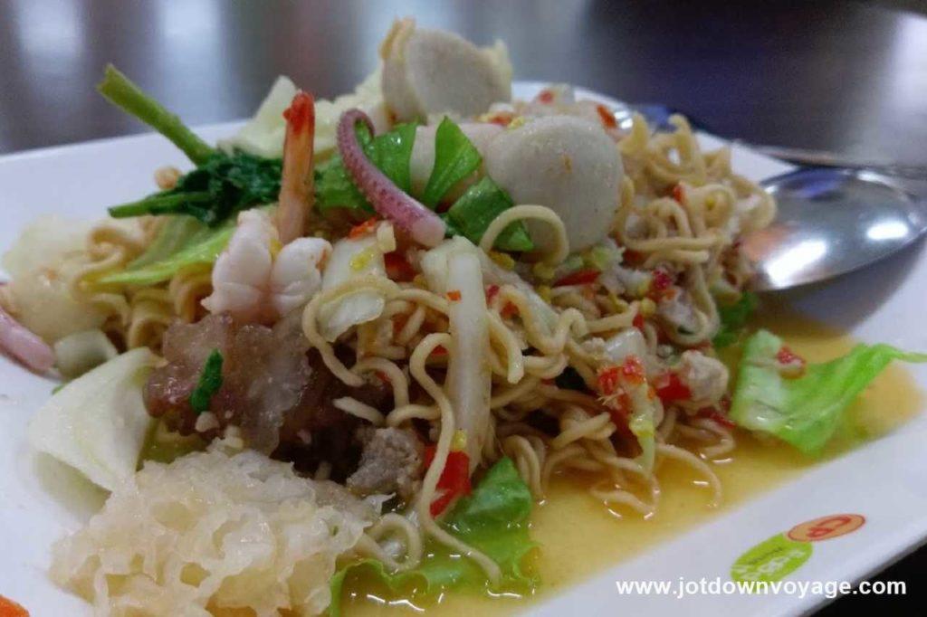 涼拌冬粉 yum wen sen/涼拌媽媽麵 yum mama|泰國自由行街邊小吃美食推薦