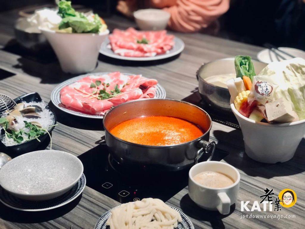 用餐環境——新莊美食《胡叻南洋精緻火鍋》食記評價